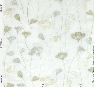 Вышитая ткань с текстурой тафты