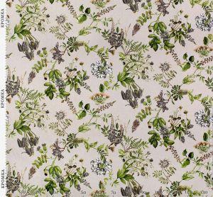 Ткань с ярким цветочным рисунком