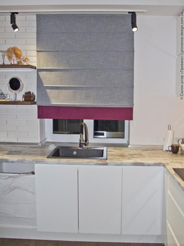 Комбинированная римская штора для кухни фото