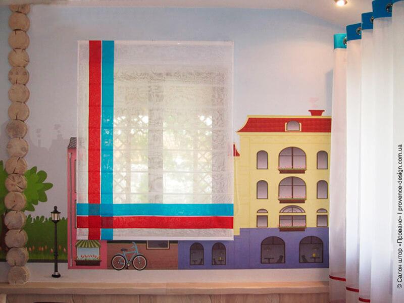 Римская штора из вуали с контрастными полосками фото