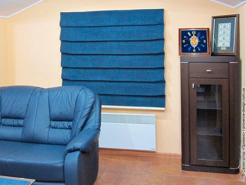 Синяя каскадная римская штора фото