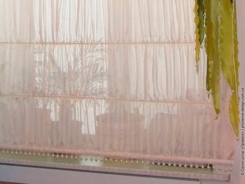 Низ римской шторы с бусинами фото