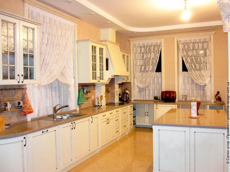 Тюль и шторы-кафе на кухню из гипюра фото