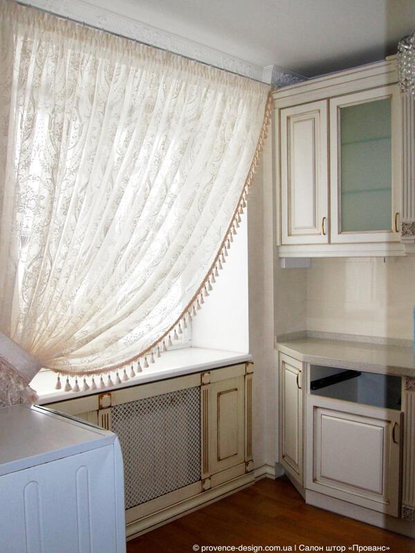 Занавеска на кухню с бахромой фото